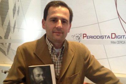 """Enrique García Hernán: """"Resulta una ironía que el Papa haya elegido el nombre de Francisco"""""""
