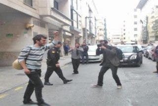 Detenido un joven de Palma que apaleó a un policía el 25-S y quedó retratado en la prensa