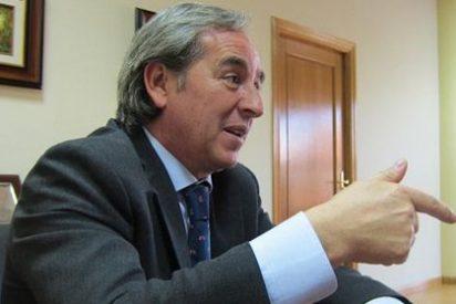 Nicolás compara el decreto andaluz sobre desahucios con asaltar supermercados