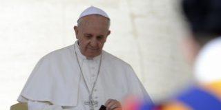 La Santa Sede cede la paga extra por el nombramiento del Papa a obras de caridad