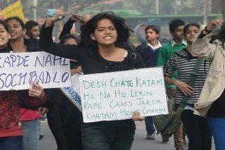 Detenido un hombre acusado de violar y mutilar con una botella a una niña de cinco años en Nueva Delhi