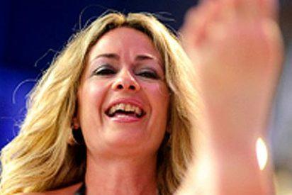 La concejal del vídeo erótico calienta su postpuesto desnudo en la portada de 'Interviú'