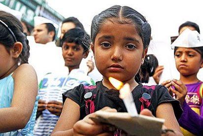 Muere la niña de cuatro años que fue violada por un facineroso de 35 en la India