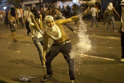 Siete personas mueren en las protestas contra el fraude electoral en Venezuela