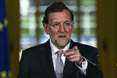 Rajoy 'Manostijeras' amenaza con nuevos recortes pese a los buenos datos económicos