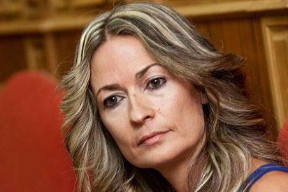 La ex concejal socialista Olvido Hormigos se desnuda otra vez en 'Interviú'