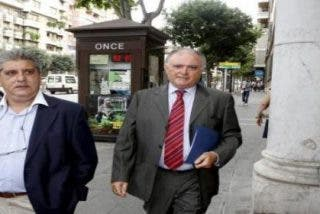 Detenidos tres empresarios por sobornar a exaltos cargos de UM montándoles jardines