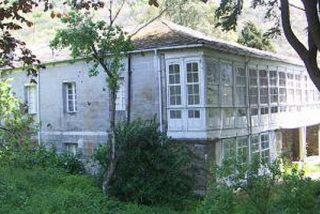 En España se venden aldeas enteras y bodegas al precio de un piso en la ciudad