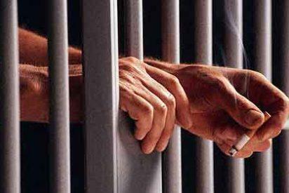 Condenados a 28 años dos funcionarios de la cárcel que daban droga por favores sexuales