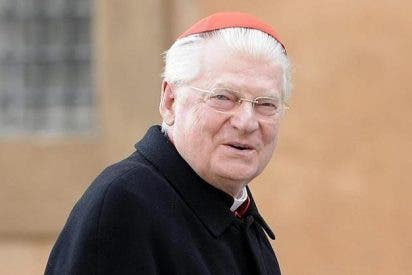 "Scola: ""Francisco ayuda a Europa a levantar la cabeza del ombligo"""