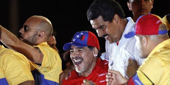 Maradona cobró dos millones por salir en la campaña de Maduro