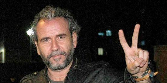 """Willy Toledo vuelve a dar la nota en un homenaje a Chávez: """"El día que mueran González, Aznar o Rajoy no saldrán a llorarles"""""""