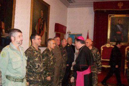 El arzobispo castrense visita a las tropas en Líbano