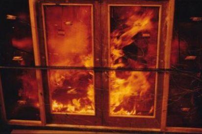 Su familia la quema viva por haberse escapado de casa con el novio