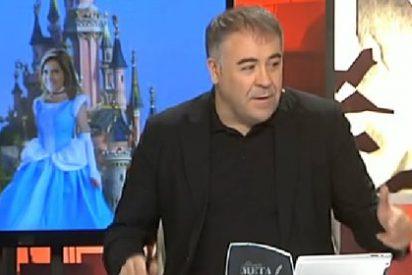 """García Ferreras en 'Al Rojo Vivo': """"¿Es serio que Ana Mato no dimita, pero se lo pase pipa con el ratón Mickey?"""""""
