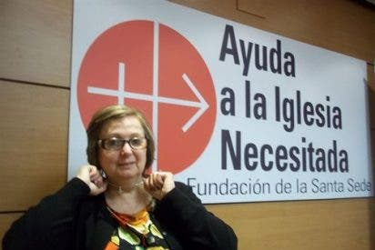 La azafata despedida por llevar una cruz, premio a la libertad religiosa