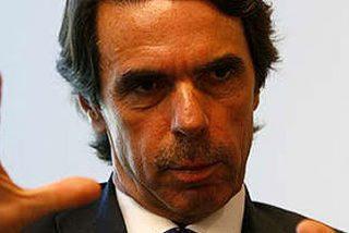 Aznar dice que no cobró sobresueldos siendo presidente y amplia su querella contra 'El País'