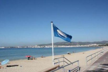 La falta de socorristas deja a Baleares con seis banderas azules menos en sus playas
