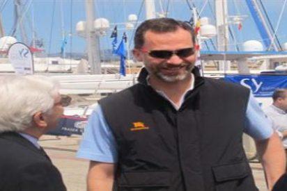El Príncipe visita por sorpresa el Salón Náutico de Palma y da un 'susto' al Govern