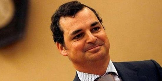 ¿Quién dijo crisis? RTVE se gastará más de dos millones de euros en un avión y tres helicópteros