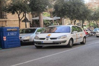 Ahora sale Cort y dice que lo de la regulación del horario taxista es una cosa voluntaria