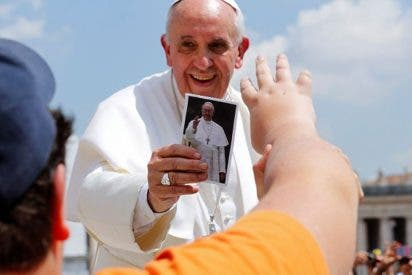 El Papa Francisco recibe a Mensajeros de la Paz