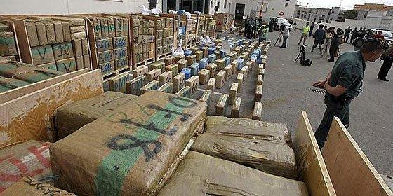 La Guardia Civil decomisa 32 toneladas de hachís, el mayor alijo de la historia