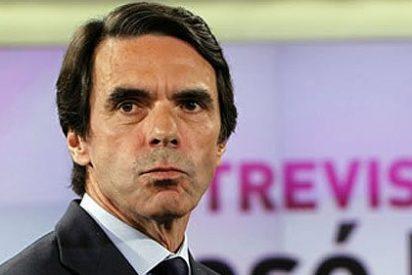 """Malestar entre los diputados del PP: """"Aznar tendría que tratar a Rajoy como Fraga le trató a él: callado y con respeto"""""""