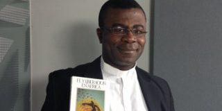 """Cyprien Melibi: """"A los sacerdotes extranjeros en España nos tratan como inferiores y nos menosprecian"""""""