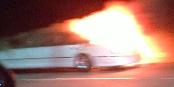 Mueren abrasadas cinco mujeres al incendiarse la limusina en que iban de juerga