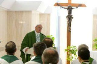 """Francisco: """"El bienestar y la fascinación por lo provisional alejan de Jesús"""""""