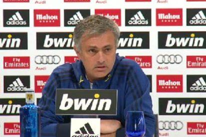 """Mourinho saca el fusil contra los periodistas: """"No haber puesto de titulares a vuestros niños bonitos fue lo correcto"""""""