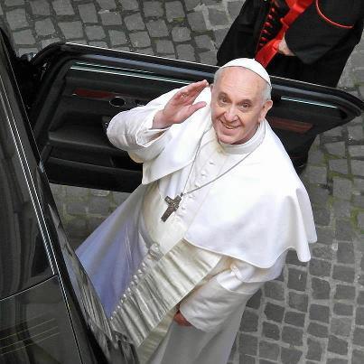 Ceden los derechos de Bergoglio a la editorial vaticana
