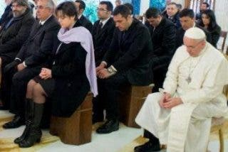 """Francisco denuncia que """"la envidia, los celos y el afán por hacer carrera no hacen bien a la Iglesia"""""""