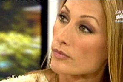 Mónica Pont no puede caer más bajo: Se estrena en 'Sálvame' con una super bronca y la expulsan de ¡la comunión de su hijo!