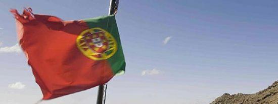 Portugal retrasará la jubilación a los 66 años y despedirá a 30.000 funcionarios