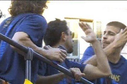 Lo que no se vio de la fiesta-botellón que montó el Barça para celebrar la Liga