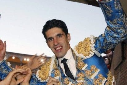 Talavante enamora a Las Ventas en San Isidro y sale por la Puerta Grande