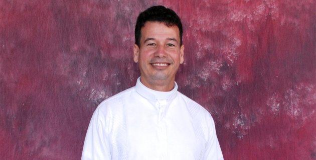 Asesinan de 17 puñaladas a sacerdote colombiano en Barranquilla