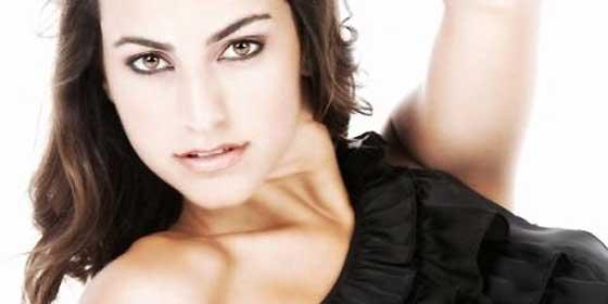 ¿Ven a la exmiss de la foto? El presidente de Baleares la ha nombrado su secretaria a 50.000 euros más dietas