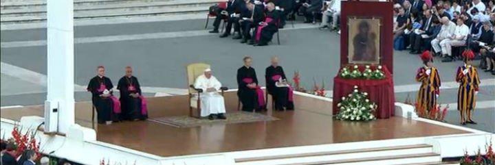 """Francisco: """"El Señor siempre nos primerea, nos está esperando"""""""