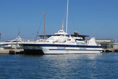 Casi medio millar de personas atrapadas en Ciutadella al averiarse el 'Balear Jet'