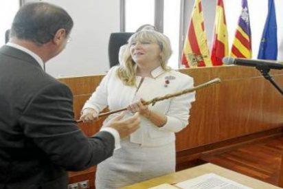 Jáuregui 'planta' por teléfono al PP y el partido la destituye como vicepresidenta