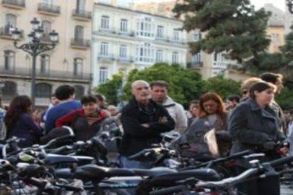 """Biciutat pide investigar un """"posible abuso de poder"""" de dos policías a una ciclista"""