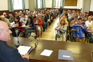 Propuestas para impulsar el papel de los seglares en la Iglesia cántabra