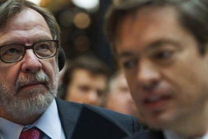 ¿Qué se está cociendo con el cariño de Cebrián a Rajoy? ¿Tal vez la refinanciación de la deuda de El País?