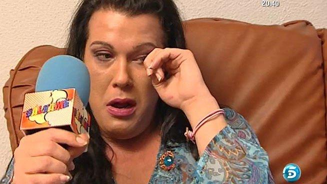Fiestas salvajes, palizas y un durísimo enfrentamiento con su hermana en directo ¿es Desireé (GH14) un juguete roto antes de empezar?