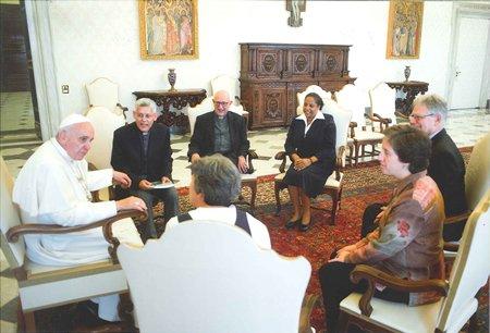 """Francisco: """"La vida religiosa es para la Iglesia su columna vertebral, la quilla de un navío"""""""