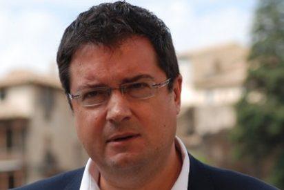 El PSOE nacional se olvida del aeropuerto de Ciudad Real y mete en un lío a Page