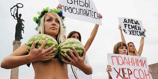 El País se vuelca con la causa perdida de las feministas de Femen